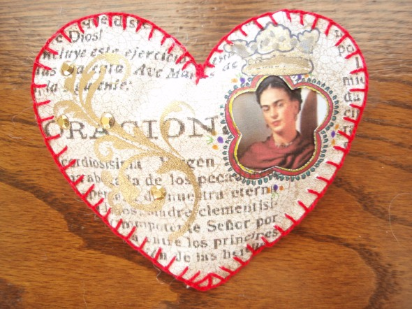 Valentine made of paper and Frida