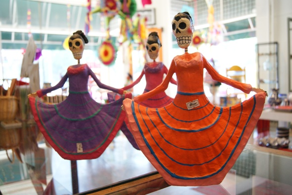 Day of the dead art, day of the dead skulls, dia de los muertos art