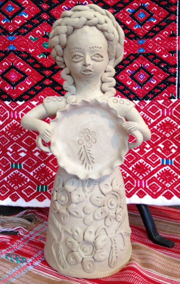 Clay Woman signed by Teodora Blanco